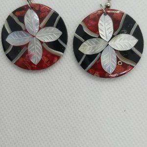 Aretes White-leaves