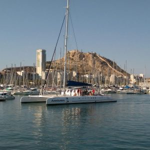 Tardeo Alicantino en Catamaran para ADULTO