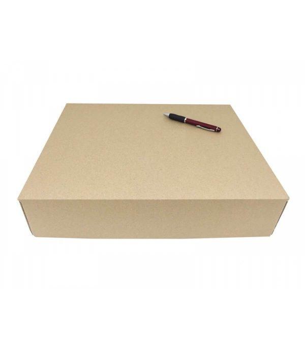 cajeando-lalicantina-envios-ecommerce-carton-troquelada-390x340x85-mm-formato-cierre-pestañas-2