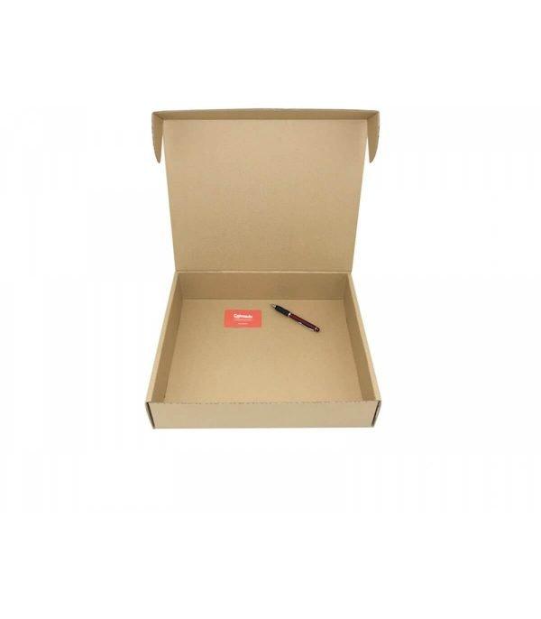 cajeando-lalicantina-envios-ecommerce-carton-troquelada-390x340x85-mm-formato-cierre-pestañas-1