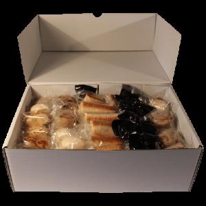 Lote surtido Mazapán Artesano, Pack Degustación 2 Kg con polvorones y bombones delicatessen